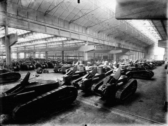 1911 – 1920 Los coches dejan paso a los carros de combate