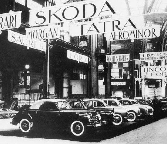 1941 - 1950 La nacionalización